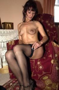 Orgasmus Cam mit schwarzen Nylons
